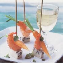 Brochettes apéritif : tome de chèvre et crevettes, carte postale photo