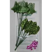 Feuillages miniatures de 2 variétés dont Platane et strass mauves pour créations scrapbooking.