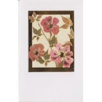 Des Eglantines roses à coeur d'or pour vos cartes de voeux