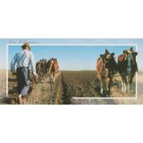 Les Labours, carte postale de la vie rurale.